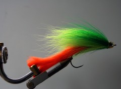 154 Bucktail 10 cm tot 20 cm  lekker streamertje (Ireland killer)