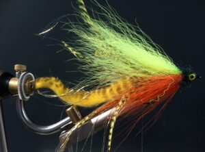 527 Bucktail   10 cm tot 25 cm