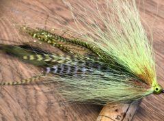 425  Bucktail van 10 cm tot 30 cm vlieghengel of spinhengel  verzwaard of onverzwaard