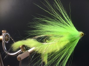 503 Anti wier Bucktail 10 cm tot 25 cm  the Killer in the weeds Op Unieke haak