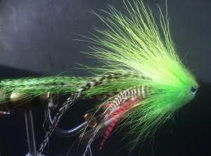 698 Bucktail    Streamer   10 cm tot 30 cm   TOPPER